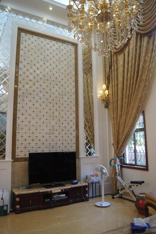 别墅客厅瓷砖拼花电视背景墙装修效果图