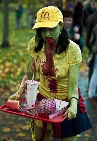 麦当劳僵尸美女