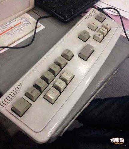 新买的键盘,哪里不太对啊!
