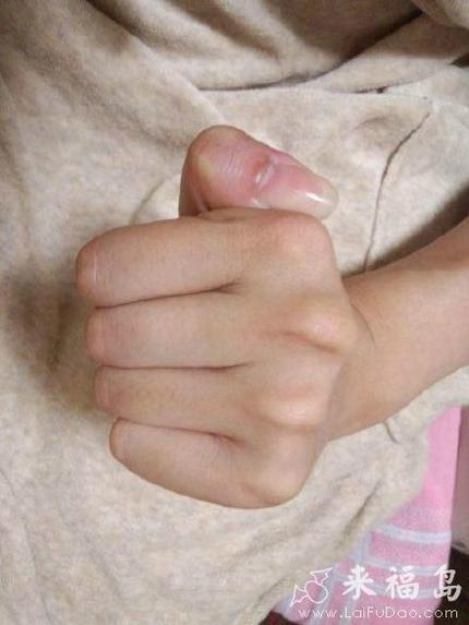 调皮的大拇指,逆时针旋转啊