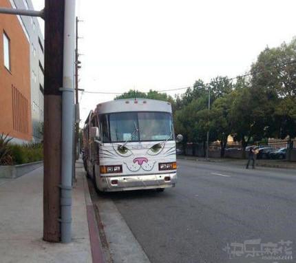 公车也萌萌达